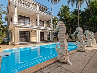 9BHK Villa in Calangute with Private swimming pool, kids pool and pergola.