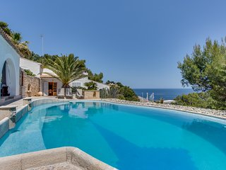 RAN DE MAR - Villa with sea views in Sa Font de Sa Cala for 10-12 people