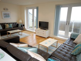 Sunset Bay Designer Beach House Tywyn