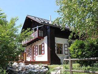 Chalet les Combes ~ Self-Catering, 5 bed, Views~ Drive to Les Houches & Chamonix