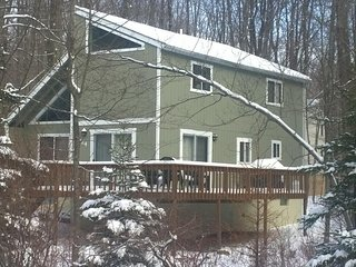 Ski Chalet in Private Lake Community! ~ Fplc, Fpit, Wifi, Lago Pocono