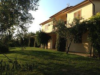 Villa con piscina nella valle di Farfa a 50Km da Roma
