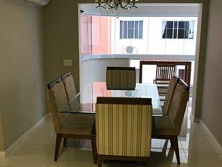 Lindo apartamento em Balneário Camboriú, 1 quadra do mar, Balneario Camboriu