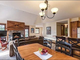 Perfect for a Multi Family Retreat / 215521, Mont Tremblant