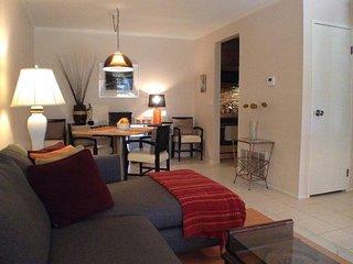 Palm Springs Villas I #100