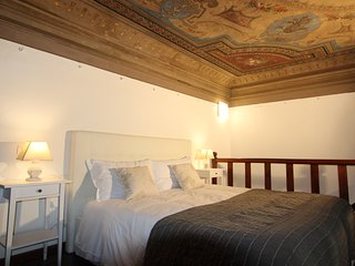 Palace First 5 Bdr 5Bth and Parking - Newly Restored., Florence