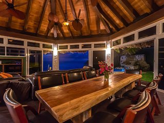 Dining area looking out over ocean