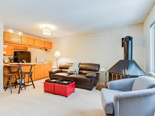 Ski-in/ski-out from this cozy, family-friendly mountain condo - walk to town!