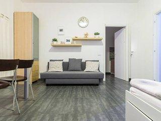 Sweet apartman, Milan