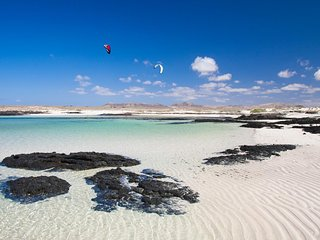 100% Sun & Relax COTILLO Harbour  WIFI , 100 m. to beach, El Cotillo