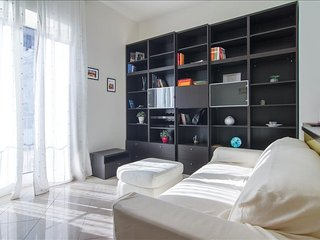 Bright and modern in the heart of Naples!