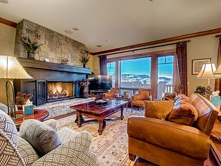 Fabulous, Ski-in/Out Bachelor Gulch Condo, with On-site Fire Pit and Hot Tubs