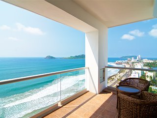 Beachfront Condo - Horizon Sky 1501, Mazatlan