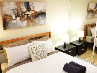 CITY CENTRAL ARTY APARTMENT-PERFECT LOCATION