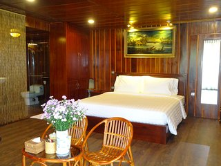Moon Suite Double - Saigon Riverside Luxury Homestay