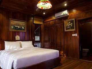 Sun Suite Double Room - Saigon Riverside Luxury Homestay