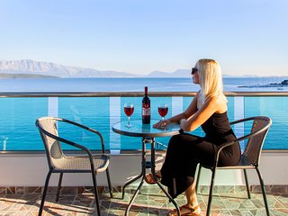 Lefkada Superior Holiday Suites, Nikiana