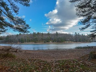 Scenic Lake Views & a Central Location!, Swanton