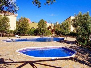 Beautiful villa in Almeria with 3 bedrooms, garden and shared pool, Cuevas de Almanzora