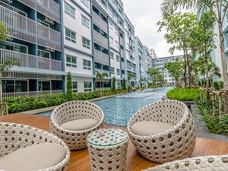 The Trust By Favstay | 1 Bedroom - Pool View