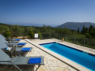 Villa Cypress luxury private 3 bed 3 bath air conditioned villa near Fiscardo