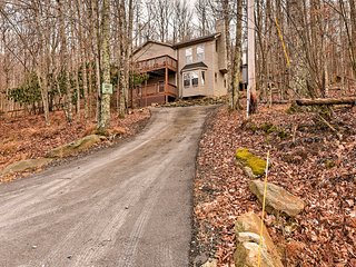 3BR Beech Mountain House w/Forest Views!