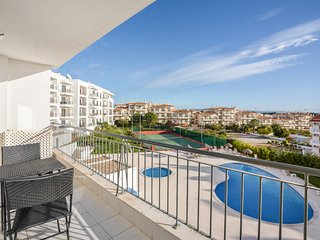 Vista das Ondas 1 bed apartment w/ pool view & tennis court