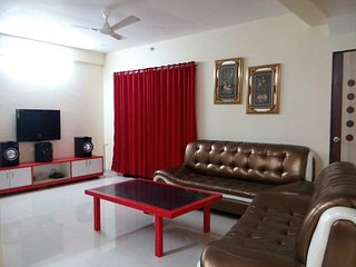 Simply Offbeat 2 Bhk Villa with common plunge pool, Khandala