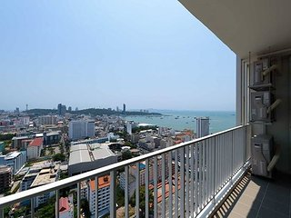 30th Floor 2 Bedroom City Centre Condo With Amazing Views, Pattaya
