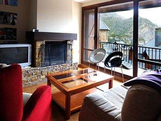 Pino Negro - Apartamento Superior de 3 dormitorios y 2 baños, Escarrilla