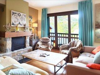 Amapola - Apartamento de 4 dormitorios y dos baños (331A), Escarrilla