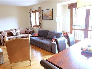 Amapola - Apartamento de 4 dormitorios y dos baños (331B), Escarrilla