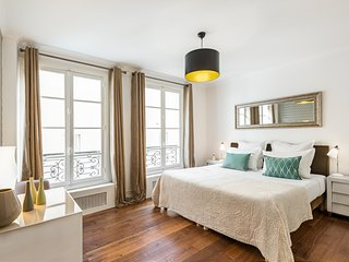 Saint Germain Chic One Bedroom