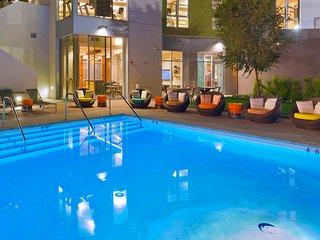 2BR Stylish Apartment in San Diego East Village Lic104