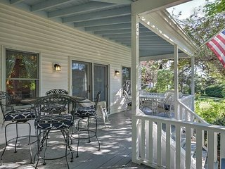 4BR, 2BA House in Downtown Boothbay Harbor w/ Period Decor and Porch