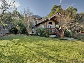 Spacious, Secluded North Austin Lodge + Hike/Bike Trails and Domain Living!