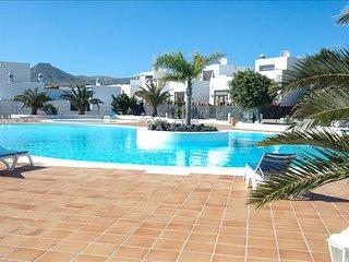 Puerto Calero Apartment Sleeps 7 with Pool and WiFi - 5630248