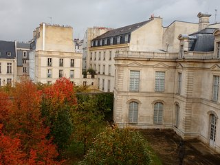Your quiet Home in the busy heart of Paris - Le Marais