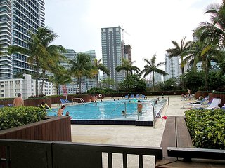 2BR Furnished Suite in Downtown Brickell