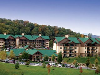 Wyndham Smoky Mountains - HOLIDAY WEEKS AVAILABLE