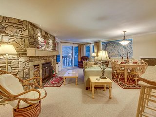 Ski condo w/ seasonal shared pool - easy walk to the village, and shuttle access