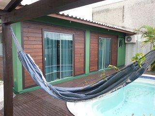 Charmosa casa com piscina no Rio Vermelho - Florianópolis - SC