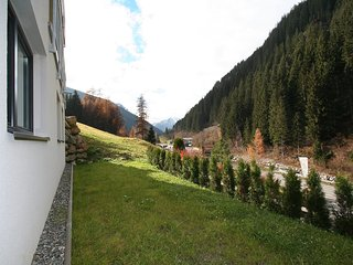 Collina #10724.1, See