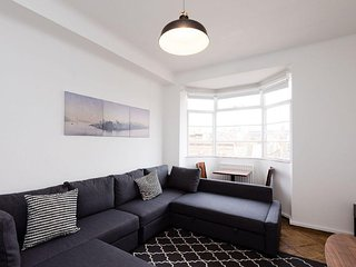 Charlotte Street apartment in Camden with WiFi, dakterras & lift., Londres