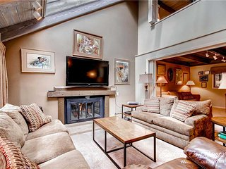 Mill Run Townhomes 4 by Ski Country Resorts