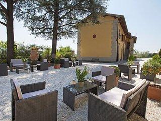 Castle #11081.1, Ciliegi
