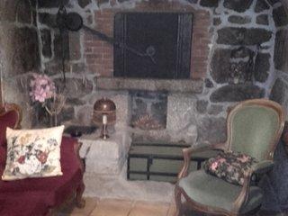 Maison meublee a cote de la Tour des Anglais