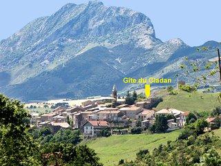 Plus haute maison du charmant petit village de L'Epine