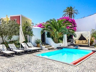 Mansion Sophia, Sleeps 4, Megalochori
