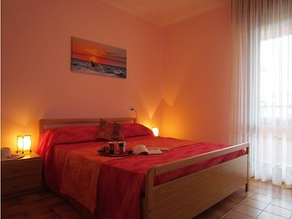 Cosy Apartment Quiet Bulding - Airco - Washing Machine - Private Parking